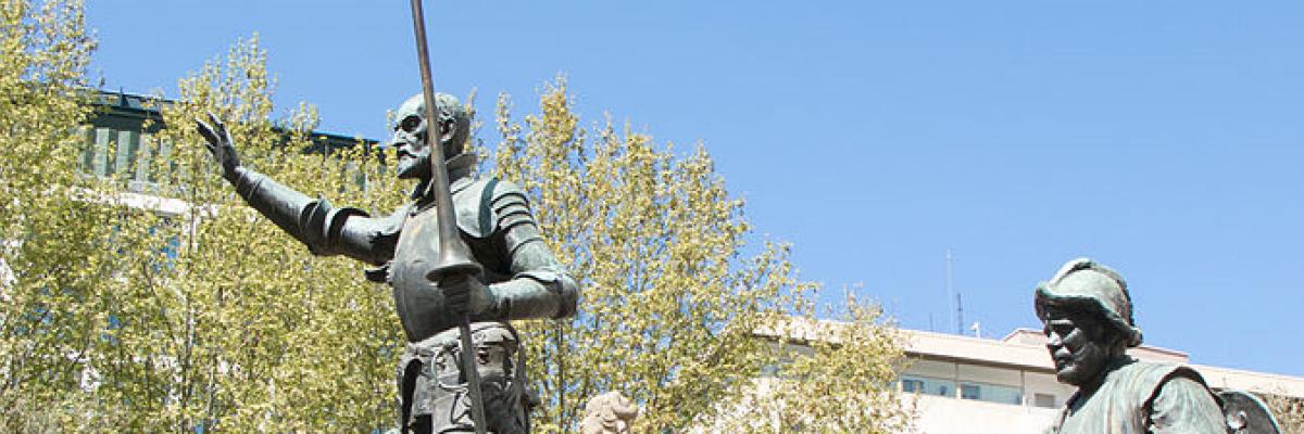Monumento a Miguel de Cerventes by Carlos Delgado, licence CC:BY-SA. Source [Wikimedia Commons]