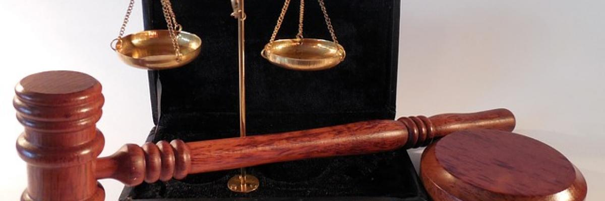 hammer-horizontale-tribunal-justice-802301, CC0 Public Domain.Source [pixabay]