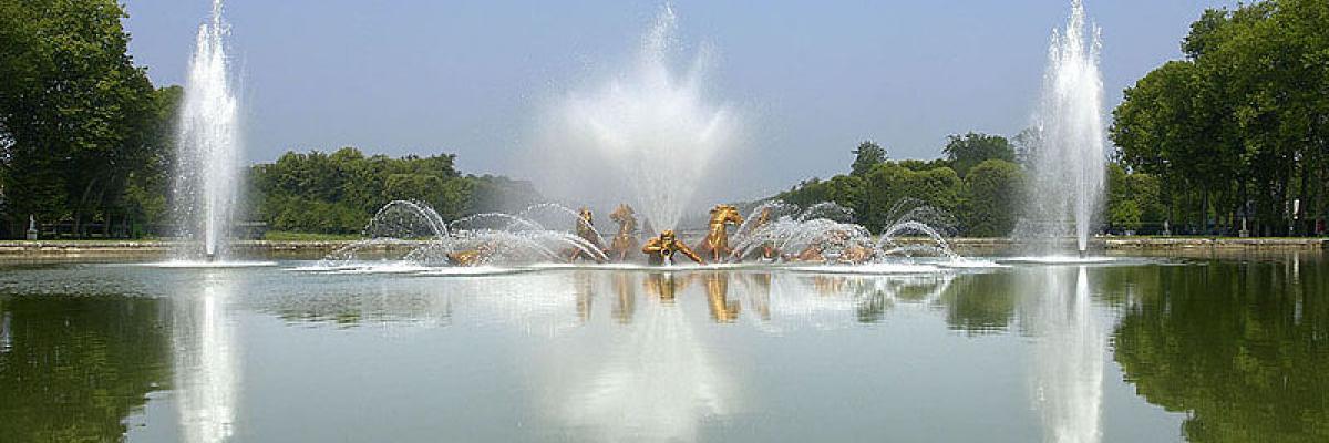 Le Bassin du char d'Apollon à Versailles par Eric Pouhier, licence CC :BY-SA. Source [Flick'r]
