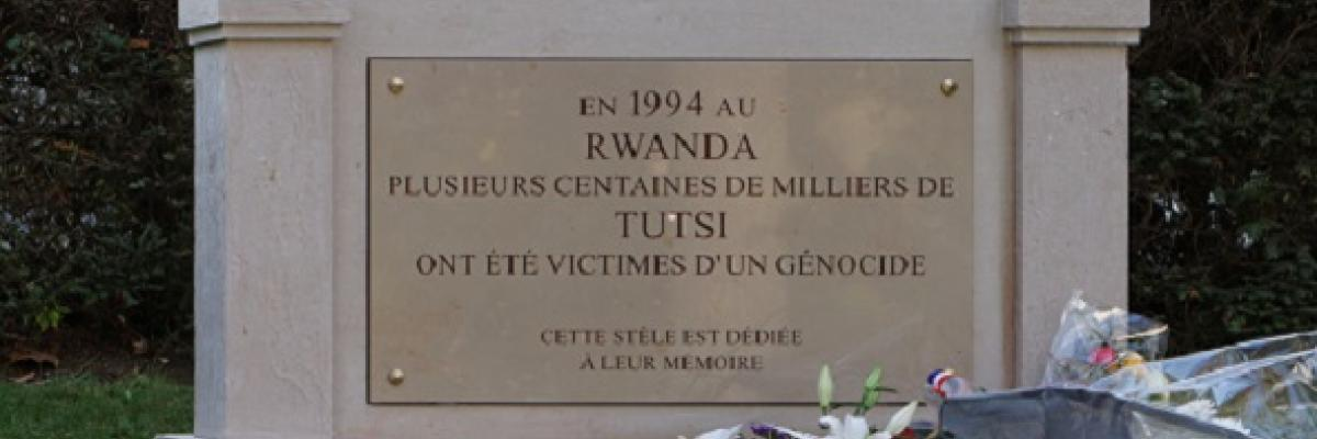 Rwandan genocide memorial (Père-Lachaise). Source [wikimedia commons]