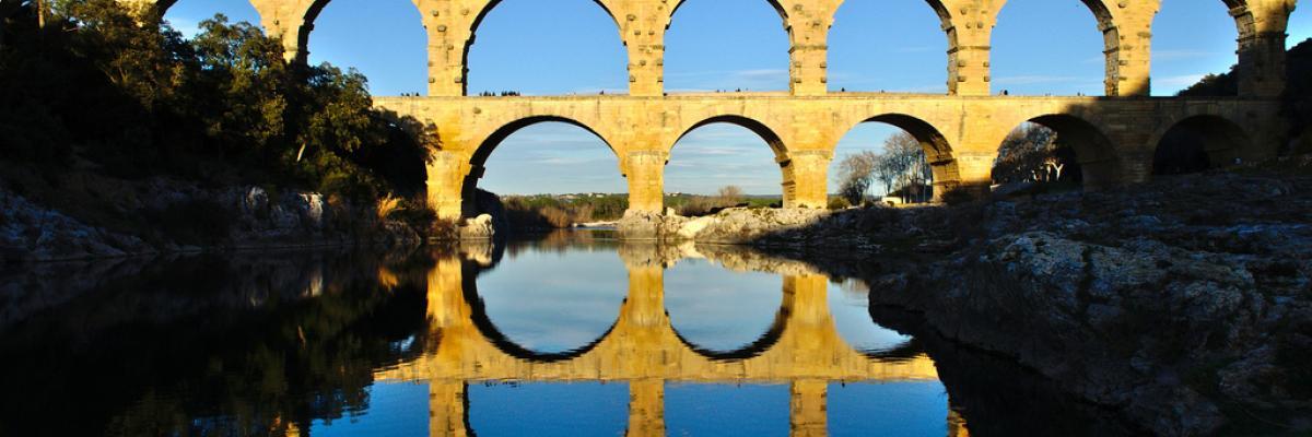 Pont du Gard par Dimitris Kilymis, licence CC:BY, source [Flick'r]