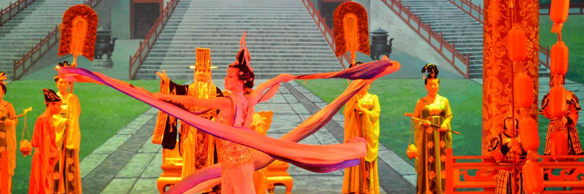 2014: China: Xi'an: Tang Dynasty Opera par bryantwalker72, licence CC : BY-NC-ND. Source [Flickr]