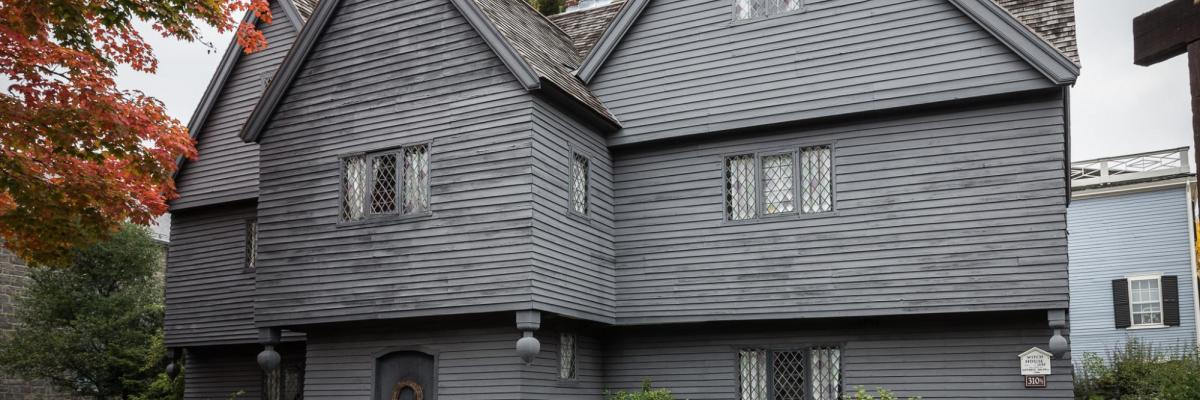Witch House par Mattia Panciroli, Licence CC : BY-NC-ND, source [Flickr]