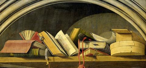 Nature morte aux livres par Rijksmuseum, licence CC : BY. Source [Wikimedia commons]