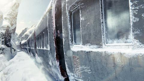 Snowpiercer - Fight Your Way To The Front par Razlan, Licence CC : BY-NC-ND. Source [Flickr]