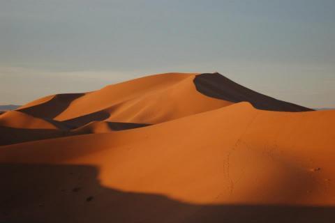 File:Desert(22) by Hammou bakkass, licence CC:BY-SA. Source [wikimedia commons]