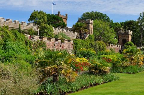 Jardins de Culzean Castle, Maybole, South Ayrshire, Ecosse, Grande-Bretagne, Royaume-Uni par Bernard Blance, licence CC/BY-NC-SA, source [Flick'r]