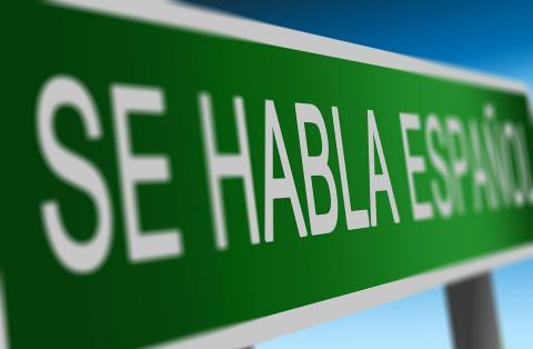 Se habla español, CC0 Public Domain. Source [pixabay]