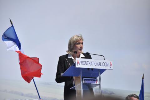 Meeting 1er mai 2012 Front National par Blandine Le Cain, licence CC : BY. Source [Flickr]