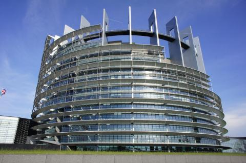 Strasbourg France / Strasbourg European Parliament par barnyz, licence CC : BY-NC-ND. Source [Flickr]