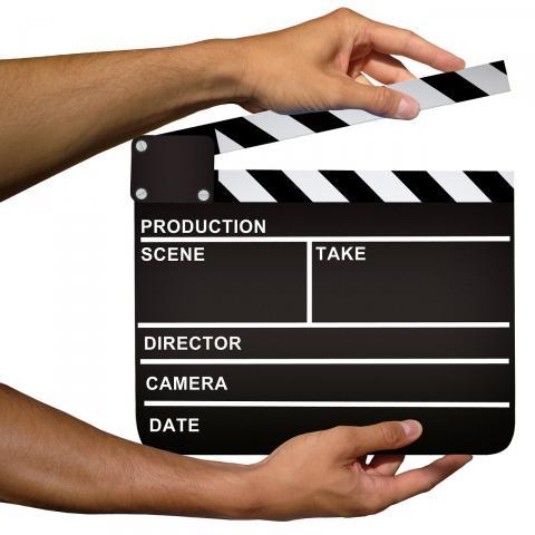 Clapper par Mediamodifier, licence CC0. Source [Pixabay]